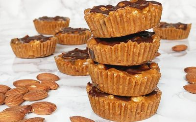 Fudgy Crunchy Almond Cups